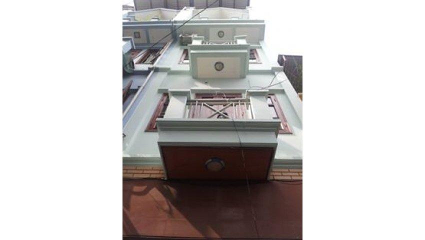 Cho thuê nhà tại trần duy hưng 35m2 x 5t, mt=4m, ngõ rộng, 30 tr/ tháng 0904.299.757
