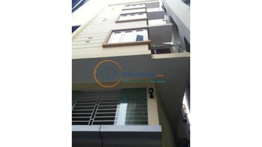 Chính chủ cho thuê nhà 5 tầng mặt đường đê la thành, vị trí đắc địa, kinh doanh phát lộc
