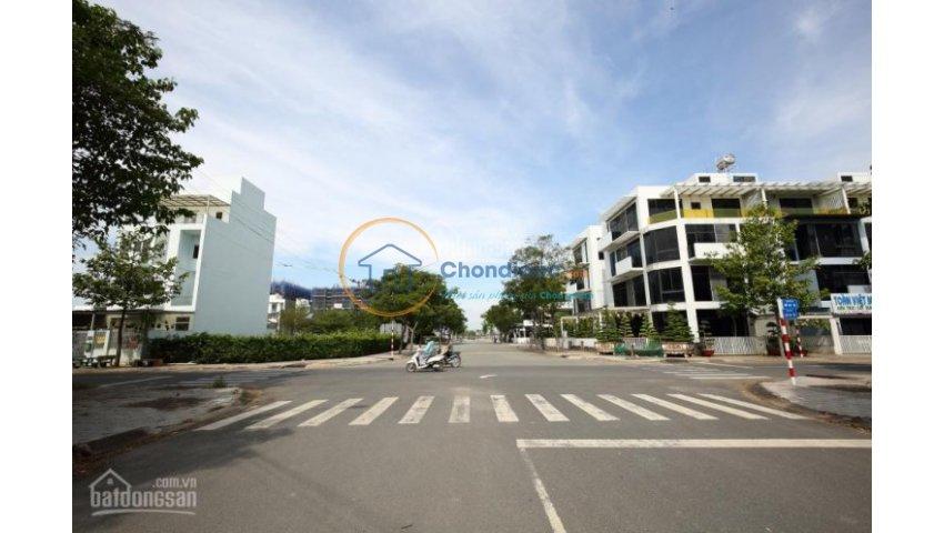 Đất nền Q2, phường cát Lái, đường Nguyễn Thị Định, 10 x 20m, tiện xây biệt thự , sổ hồng riêng