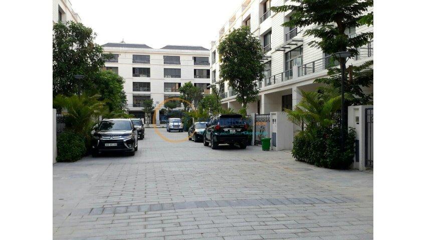 Bán rất gấp nhà phố nguyễn trãi thanh xuân có sân để ôtô, an ninh 24/7, có thương lượng