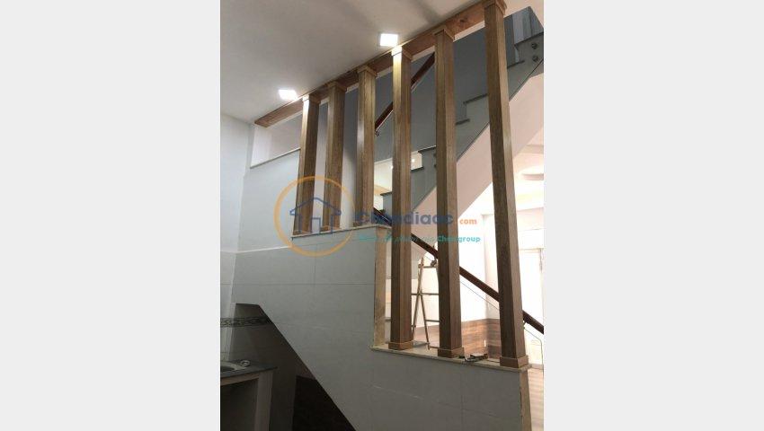 Chính chủ đứng bán căn nhà đường Nguyễn Hữu Tiến, tân phú dt 4x11, giá: 3,3 tỷ