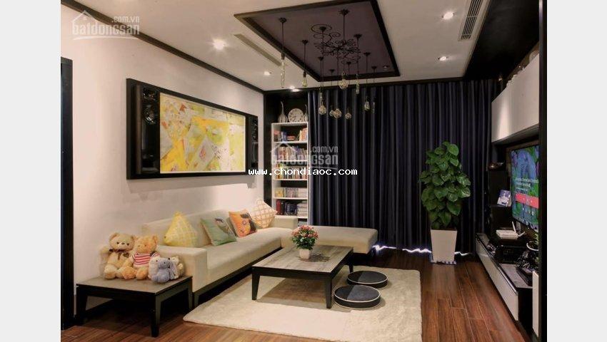 Chính chủ cho thuê căn góc 138m2, tầng 20 tòa r5, royal city, nội thất đẹp. lhtt: