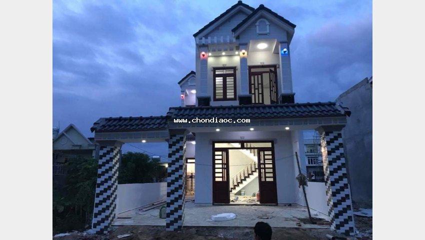 Nhà ở phú hồng thịnh 5, dt 92m2, giá chỉ 2.4 tỷ. lh