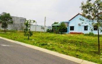 Cần bán gấp 150m2 đất có thổ cư 100% giá 350 triệu có sổ sách đầy đủ bao sang tên, đất nằm mặt tiền đường.