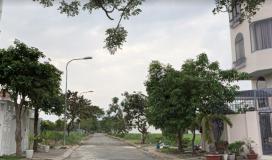 Cần bán gấp 3 lô đất mt Hoàng Hữu Nam, gần bến xe miền đông mới, thổ cư 100%