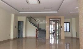 Chính chủ cho thuê văn phòng: 39c hai bà trưng, dt 65m, đủ nội thất, giá chỉ 15tr lh