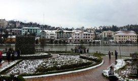 Bán khách sạn 80 phòng xây 5 tầng, lô góc mặt hồ đẹp nhất thị trấn sa pa. lh:
