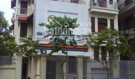 Cho thuê nhà biệt thự trung hòa. dt 131m2 x 4 tầng, giá 45tr/ tháng
