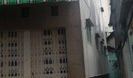 Bán nhà mqt85 tiền Quận 1, sổ hồng chính chủ