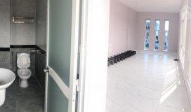 Cần cho thuê gấp văn phòng tân bình cực đẹp giá rẻ, toilet riêng, nhà mới sửa. dt: 24m2, 8tr/tháng