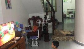 Chính chủ cần cho thuê nhà riêng, giá 10tr/th rộng 60m2, 3 tầng. lh: 0364255555