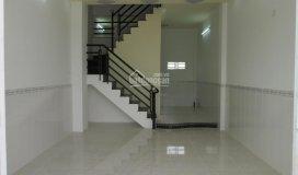 Nhà 2 mặt tiền gần hà huy giáp rộng 8m, 3.5x10m, đúc 1 lầu, có cổng riêng, giá 950 triệu