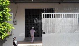 Xưởng cho thuê 550m2, nay hết đồng cho thuê lại, nền bê tông cao 7m điện 3f có sẵn văn phòng toilet