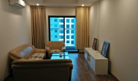 Chủ nhà cần bán căn hộ Góc 93 m2 bán công Đông Nam, Full nội thất.
