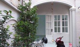 Cho thuê biệt thự nguyên căn tiện ở hoặc làm văn phòng hay kinh quán ăn cafe sân vườn