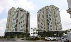 Bán căn hộ tầng 3, DT 87m2, 03PN, tòa CT13A Ciputra, view Hồ Tây, giá 2,5 tỷ.