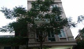 Bán khách sạn phố quán thánh gồm 45 phòng. giá: 155 tỷ