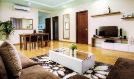 Đổi nhà 3 phòng ngủ cần bán gấp lại căn hộ 2 phòng ngủ, giá tại chung cư Nghĩa đô.
