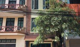 Nhà 6 tầng cực đẹp ngõ 144 cổ linh có gara để xe  lh