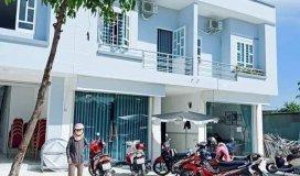 Cần bán gấp nhà 1 trệt 1 lầu cùng 1 dãy nhà trọ (4 phòng trọ)ngay trung tâm KCN Bàu Bàng.