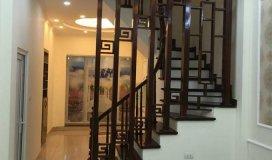 Bán gấp nhà 4 tầng full nội thất tại Phố Trạm, Long Biên. DT 34m2 giá 2.55 tỷ. LH 0973.683.486
