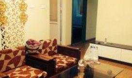 Bán căn hộ 74m2 khu nhà C ngõ 120 Hoàng Quốc Việt, Cầu Giấy, có giếng trời mát.
