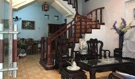 Cho thuê nhà đủ tiện nghi 3 tầng 155m2 tổ 13 Thạch bàn: 6.5tr