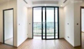 Chính chủ cần bán căn hộ 62m2, 2 ngủ, Vinhomes Green Bay Mễ Trì, ban công hướng Nam thông thoáng